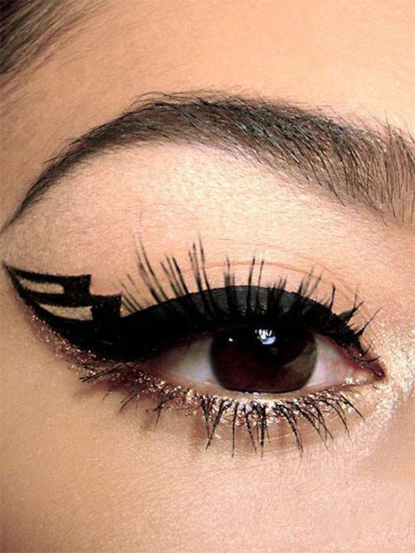 15-Perfect-Eye-liner-Styles-Trends-Ideas-For-Girls-2014-3