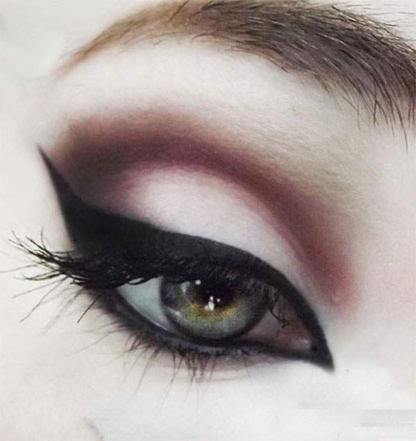 15-Perfect-Eye-liner-Styles-Trends-Ideas-For-Girls-2014-8